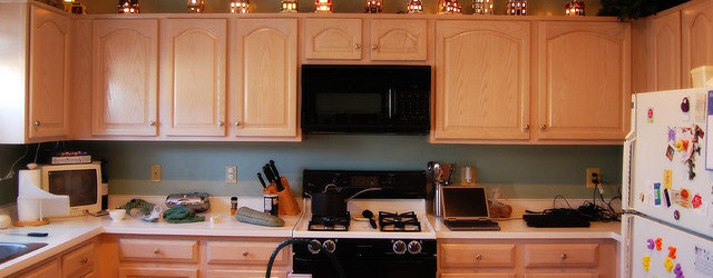christmas decoration ideas for kitchen cabinets - Christmas Decorations For Kitchen Cabinets